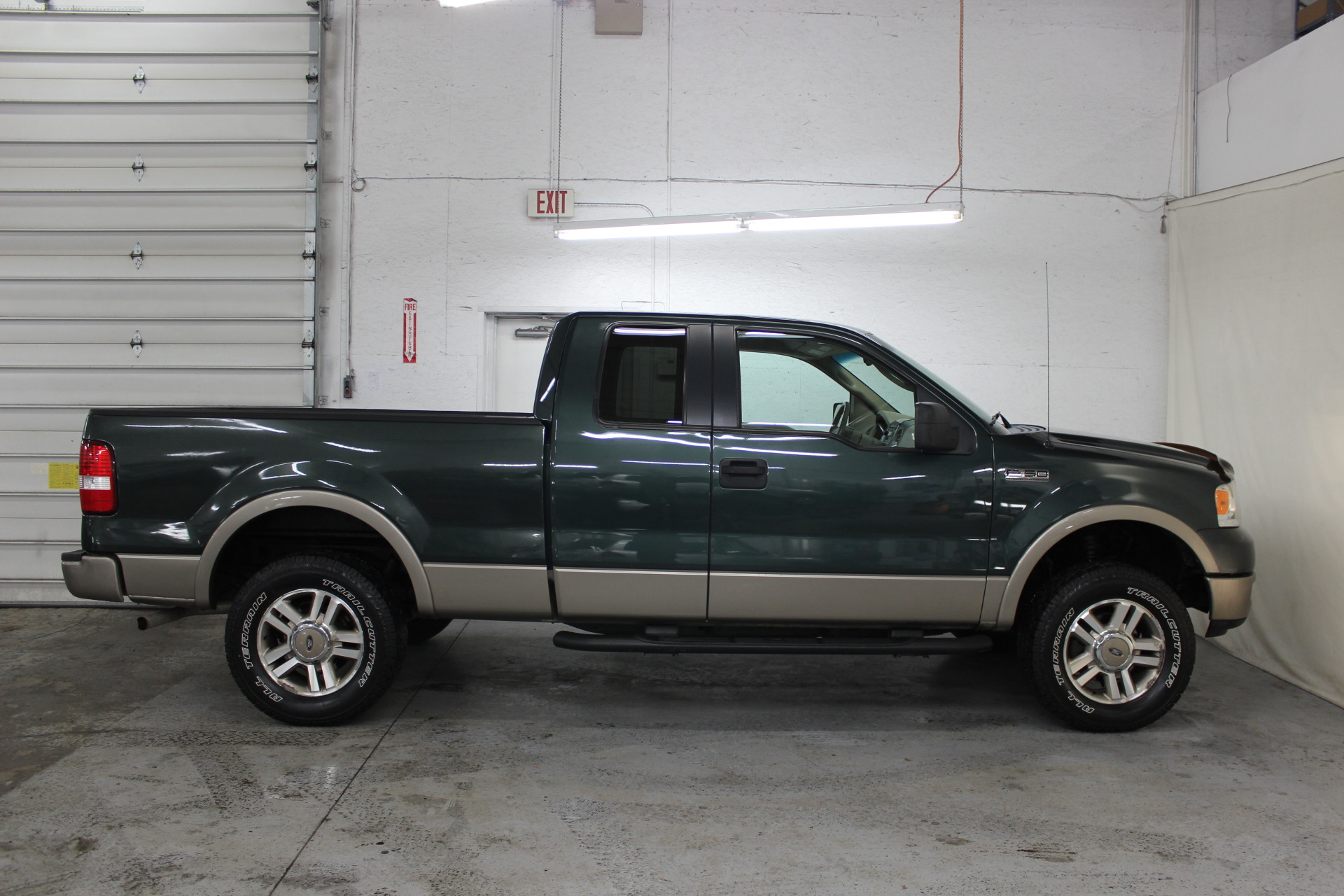 2005 ford f 150 lariat biscayne auto sales pre owned. Black Bedroom Furniture Sets. Home Design Ideas