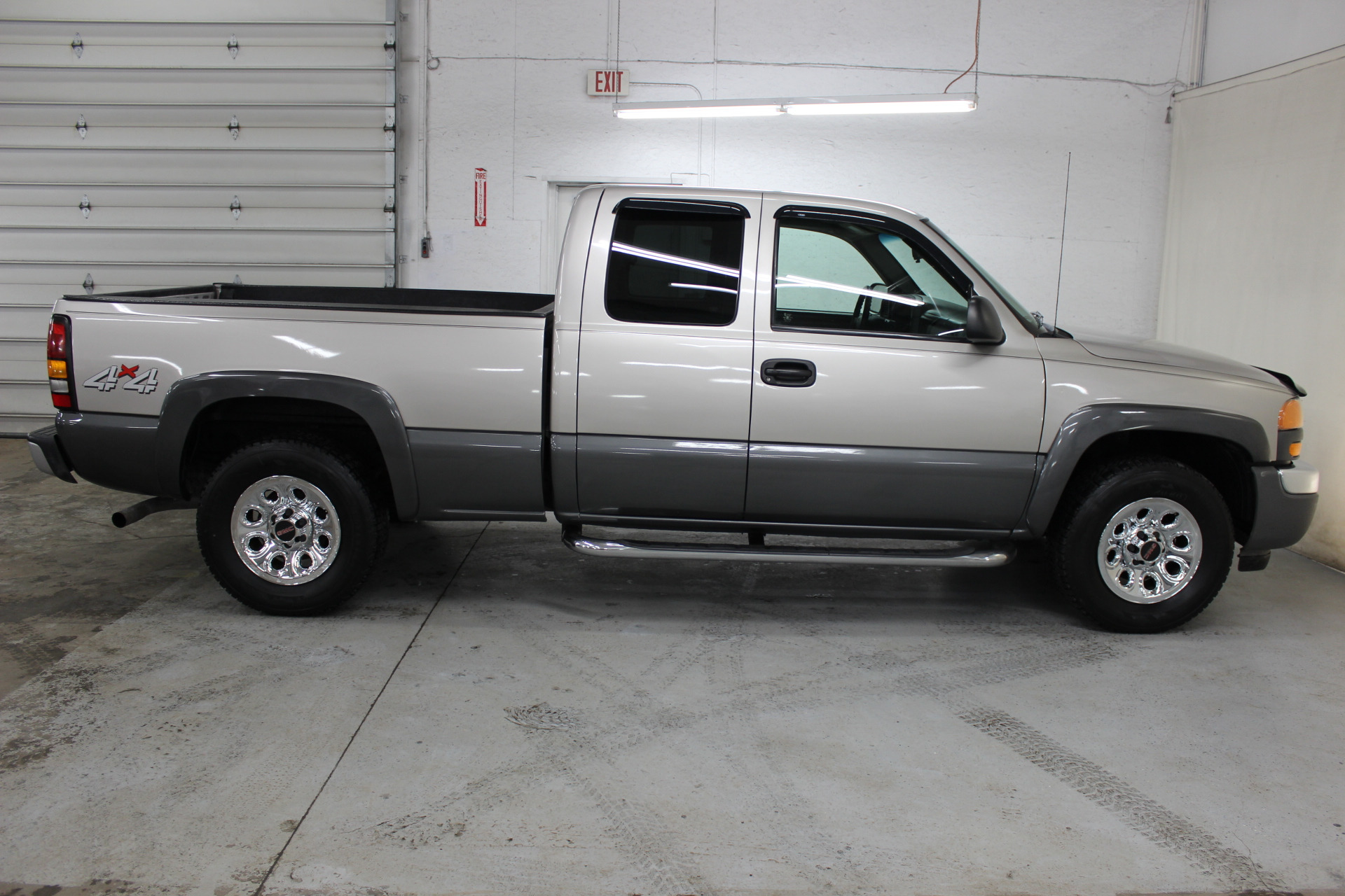 2005 gmc sierra 1500 biscayne auto sales pre owned dealership ontario ny. Black Bedroom Furniture Sets. Home Design Ideas