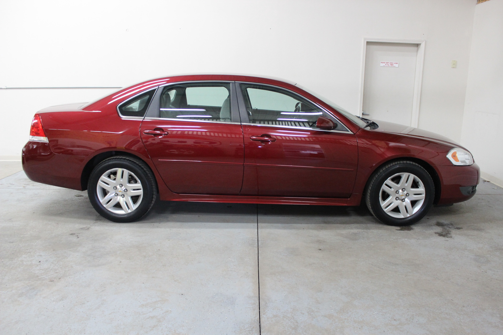 2011 chevrolet impala lt fleet biscayne auto sales pre owned dealership ontario ny. Black Bedroom Furniture Sets. Home Design Ideas