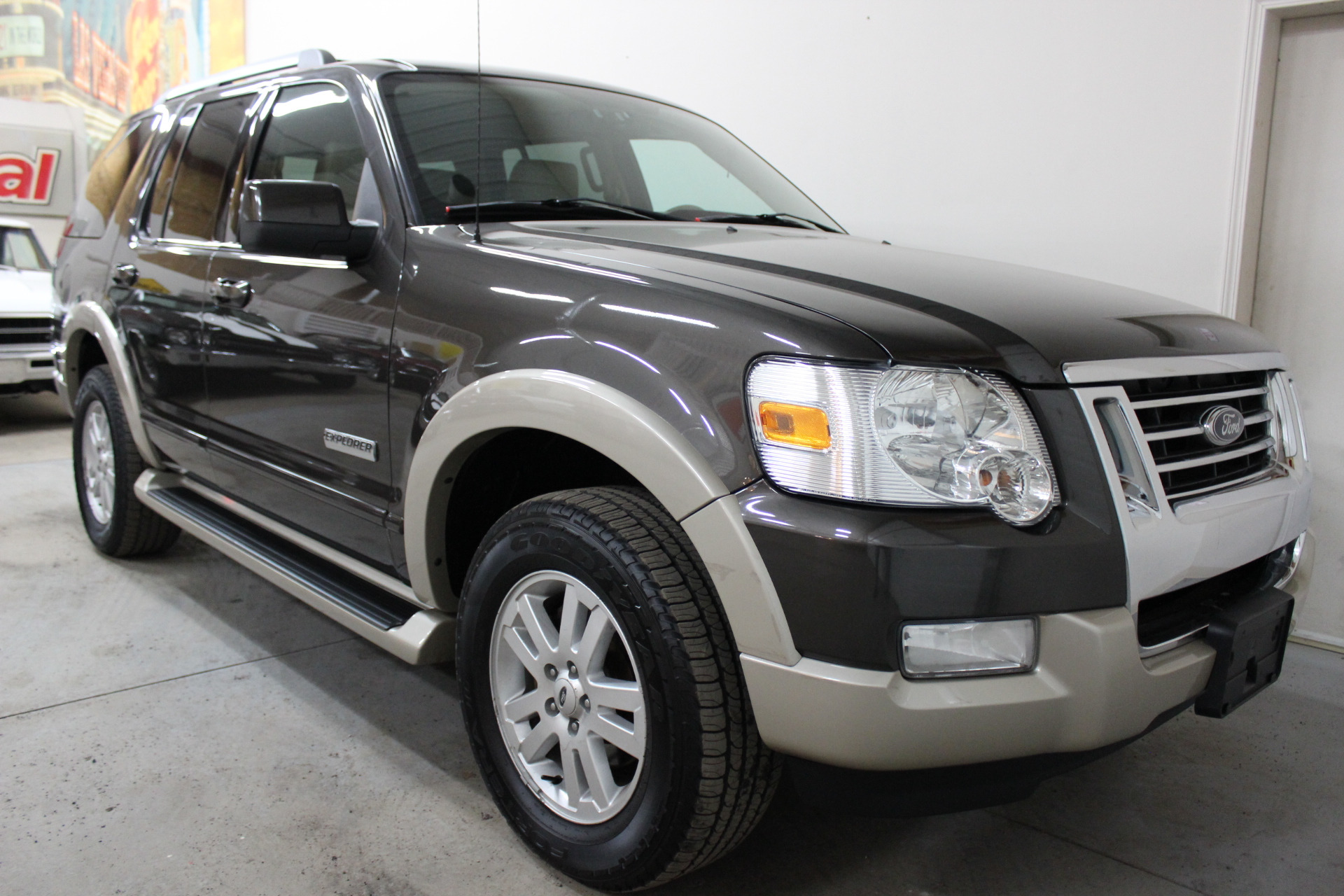 2007 ford explorer eddie bauer biscayne auto sales pre owned dealership ontario ny. Black Bedroom Furniture Sets. Home Design Ideas