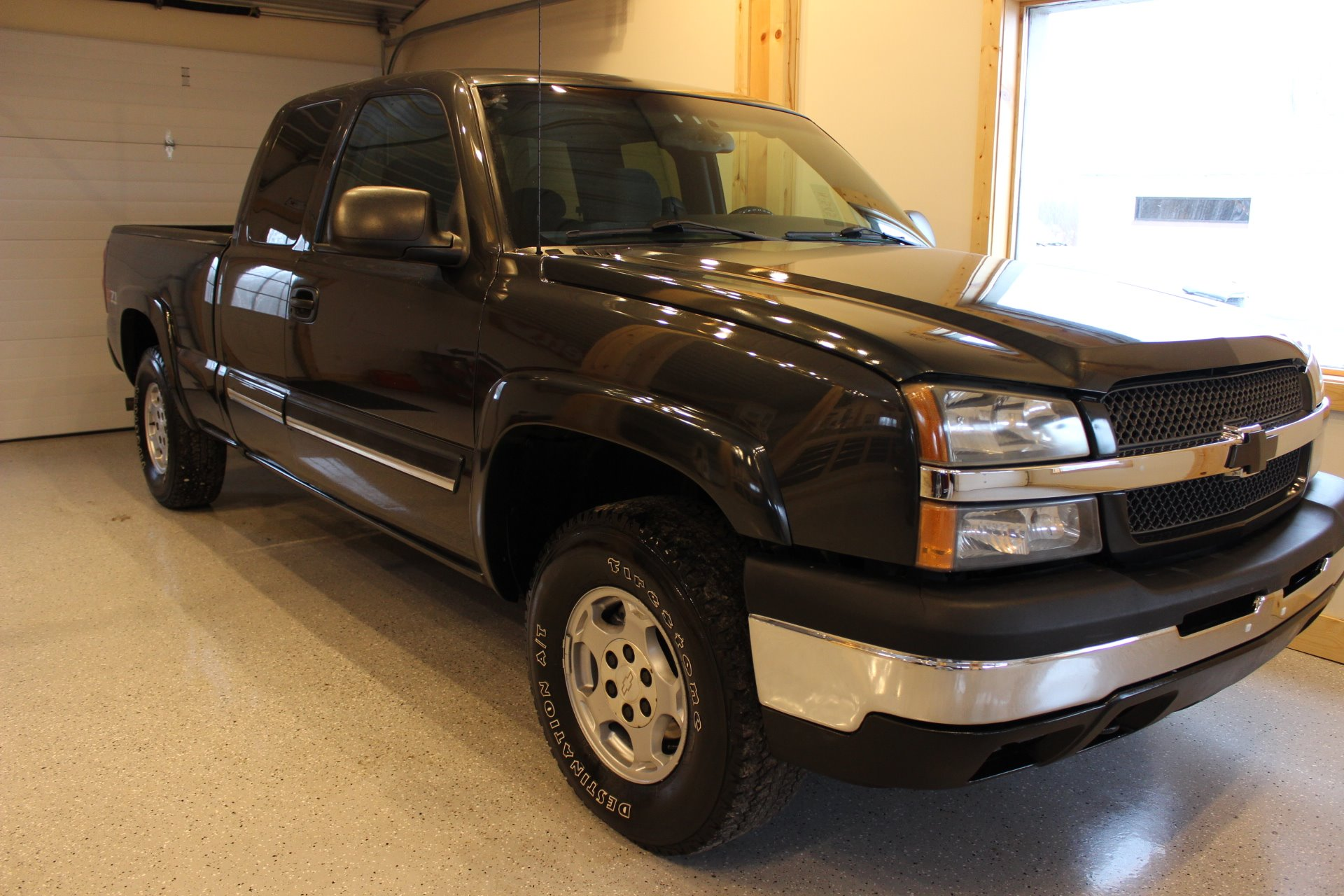 2003 chevrolet silverado 1500 ls z71 biscayne auto sales pre owned dealership ontario ny. Black Bedroom Furniture Sets. Home Design Ideas