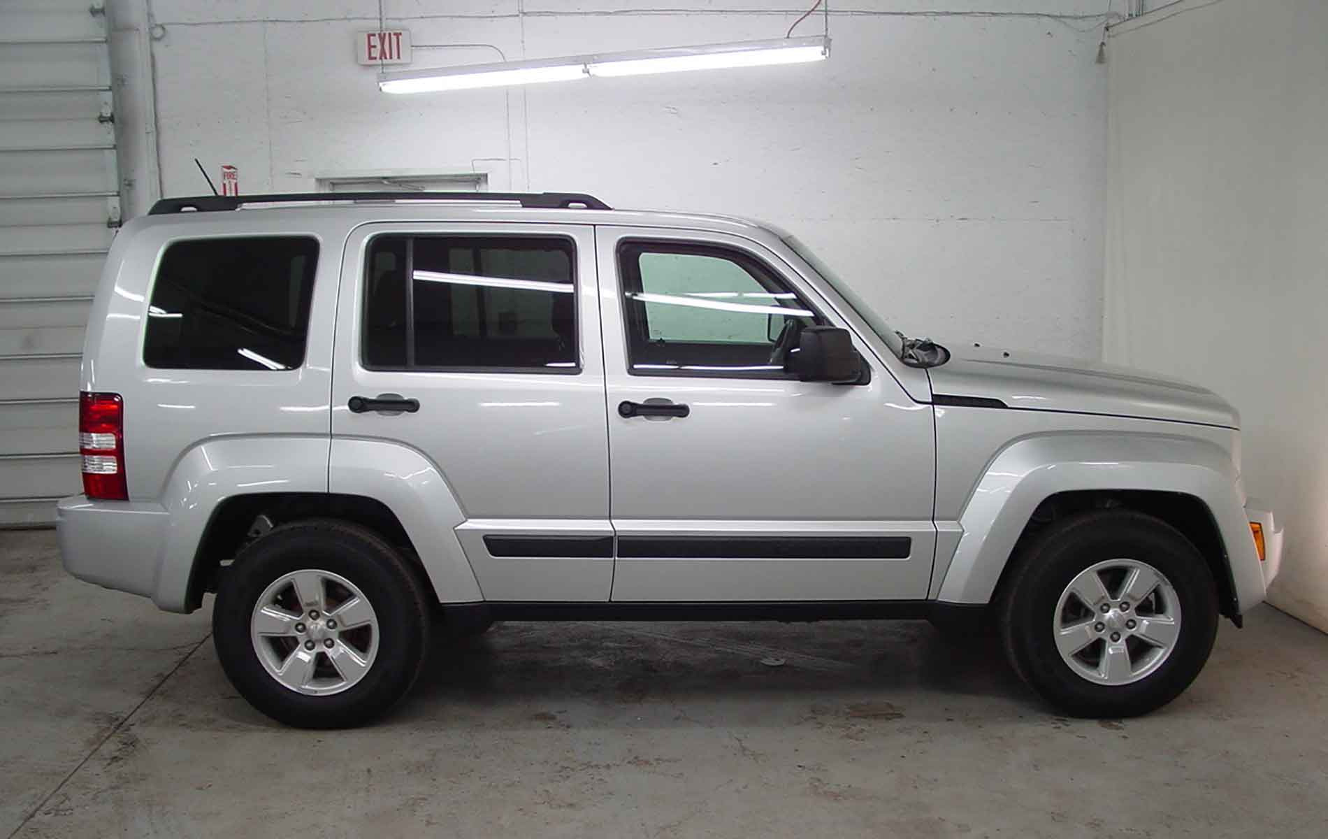 2012 jeep liberty sport biscayne auto sales pre owned dealership. Black Bedroom Furniture Sets. Home Design Ideas