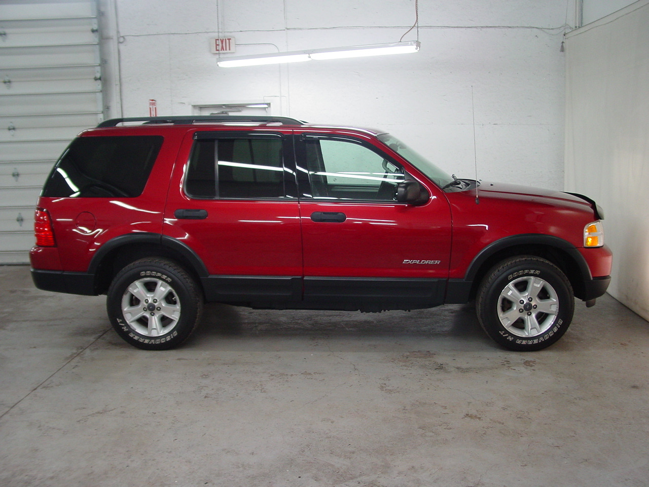 Ford Explorer Towing Camper >> 2004 Ford Explorer NBX - Biscayne Auto Sales | Pre-owned Dealership | Ontario, NY