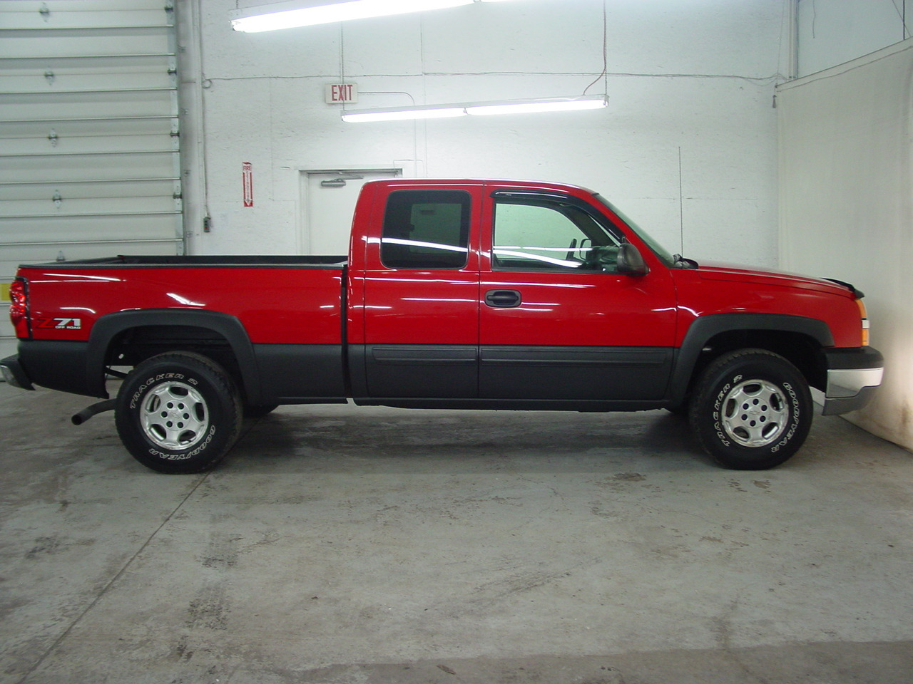 2004 chevrolet silverado 1500 z71 biscayne auto sales pre owned dealership ontario ny. Black Bedroom Furniture Sets. Home Design Ideas