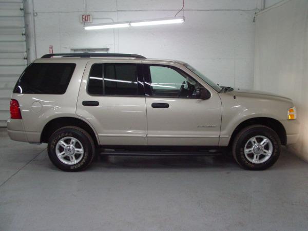 2004 ford explorer xlt biscayne auto sales pre owned dealership ontario ny. Black Bedroom Furniture Sets. Home Design Ideas
