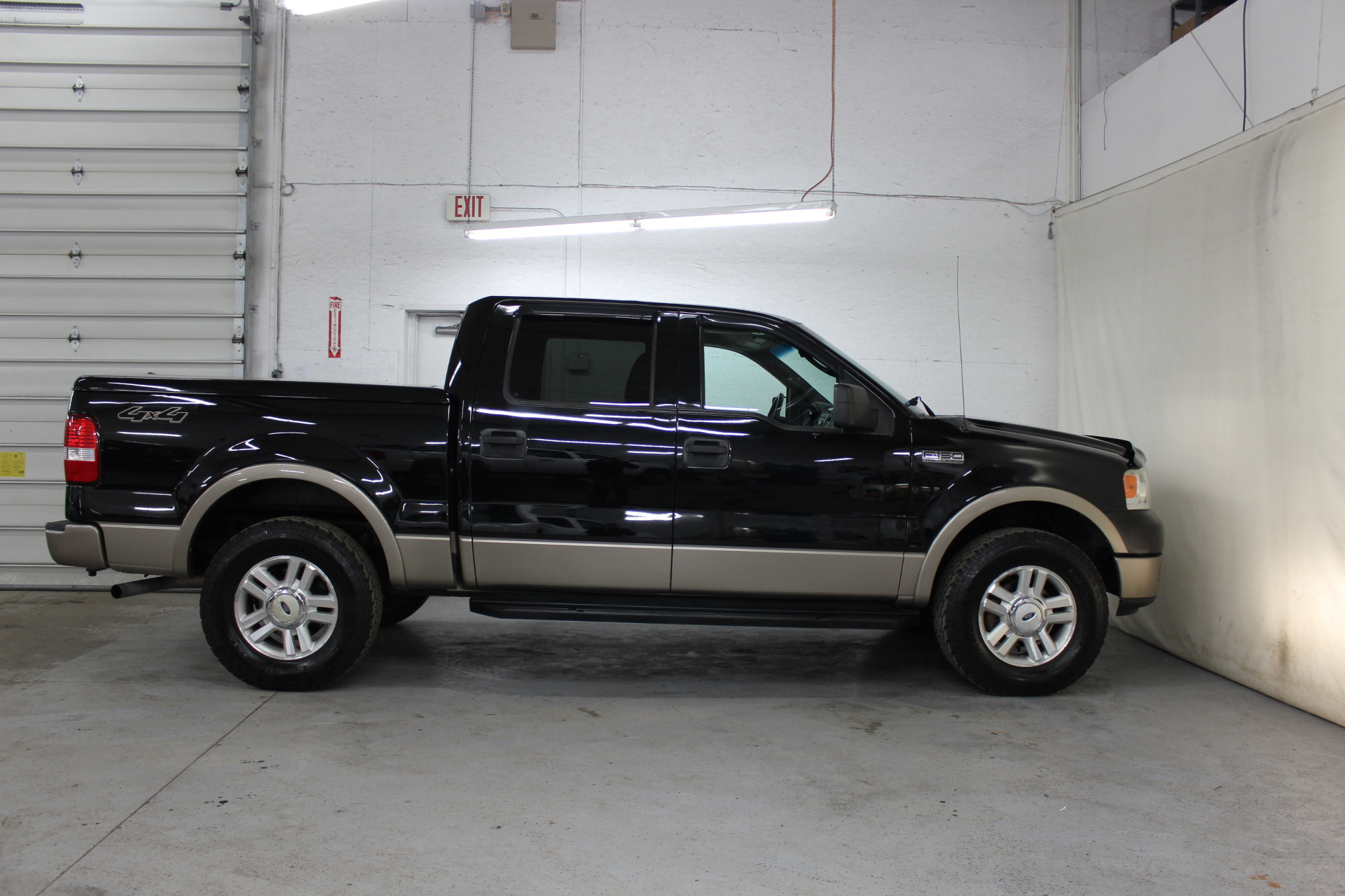 2004 ford f 150 lariat biscayne auto sales pre owned. Black Bedroom Furniture Sets. Home Design Ideas