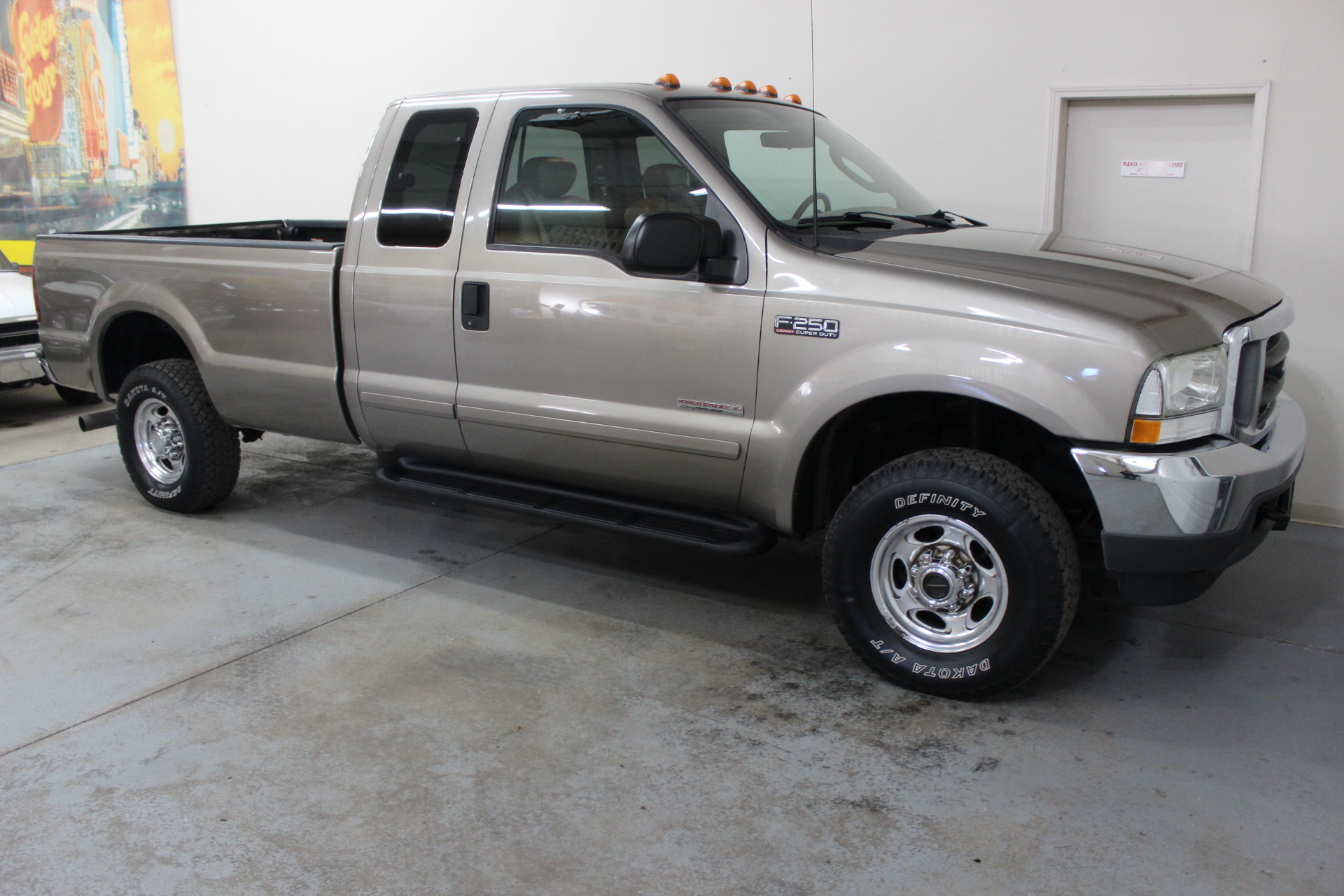 2003 ford f 250 super duty lariat biscayne auto sales pre owned dealership ontario ny. Black Bedroom Furniture Sets. Home Design Ideas