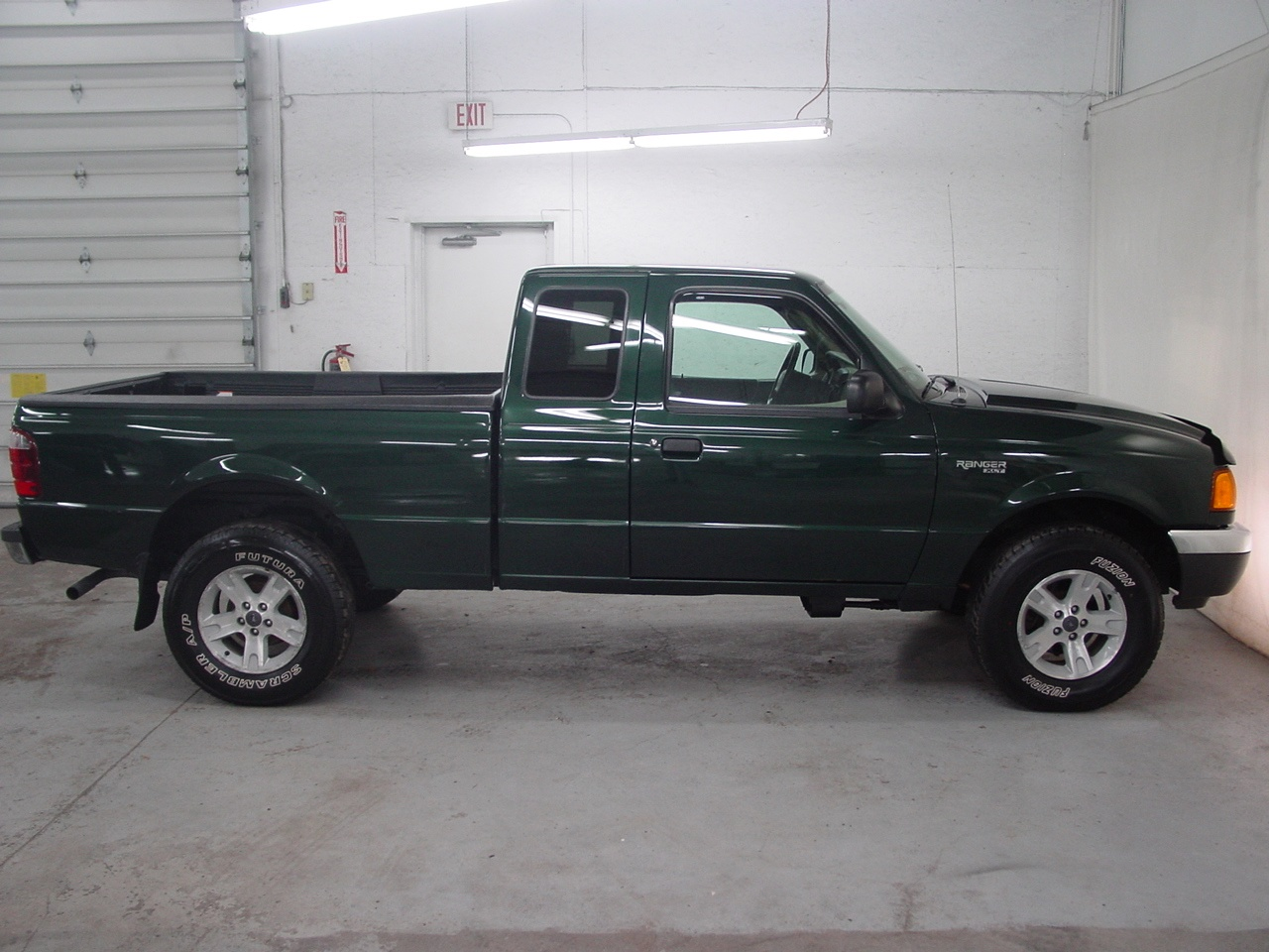 2003 ford ranger xlt biscayne auto sales pre owned dealership ontario ny. Black Bedroom Furniture Sets. Home Design Ideas