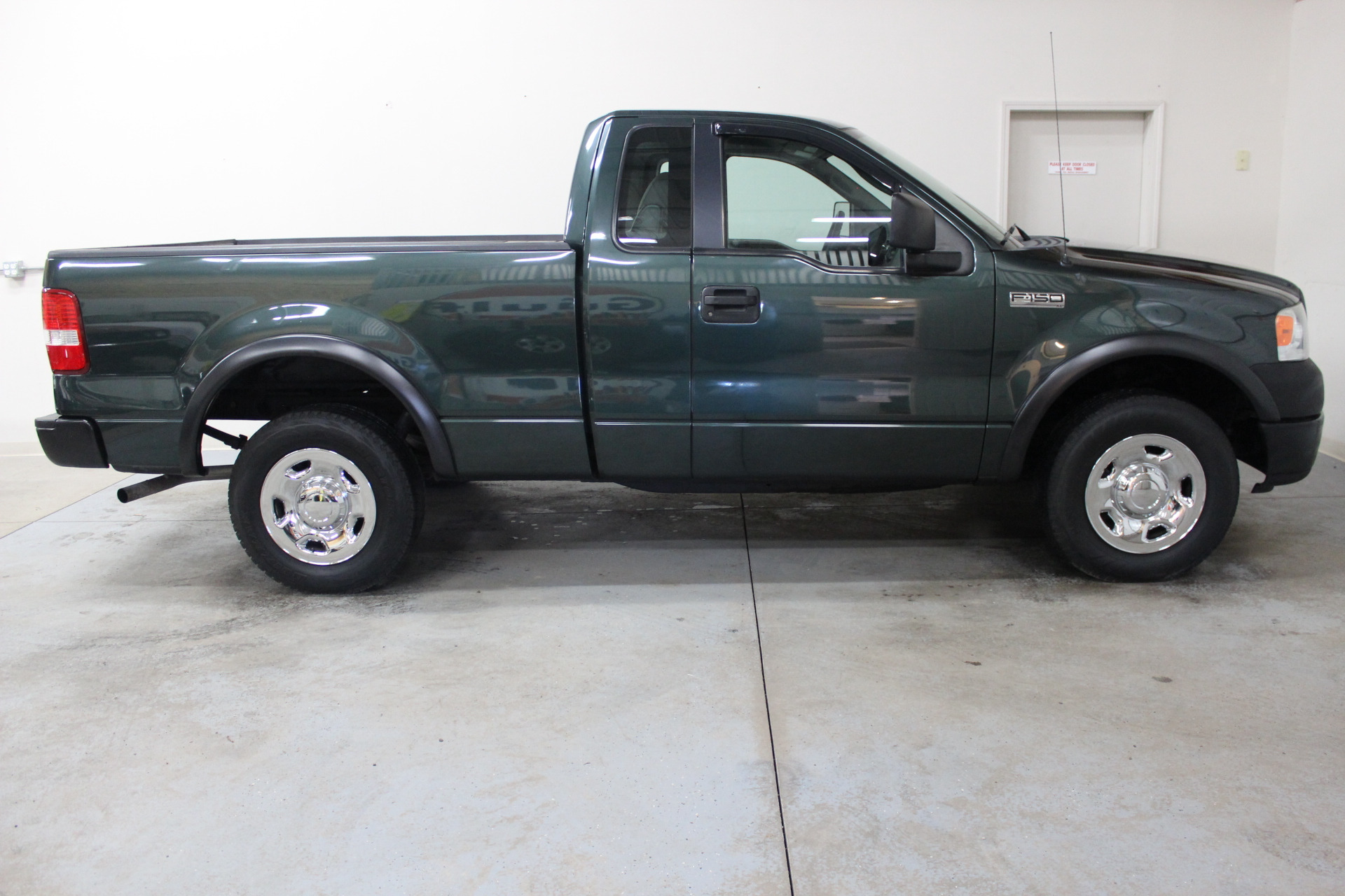 2005 Ford F 150 Xl >> 2005 Ford F 150 Xl Biscayne Auto Sales Pre Owned