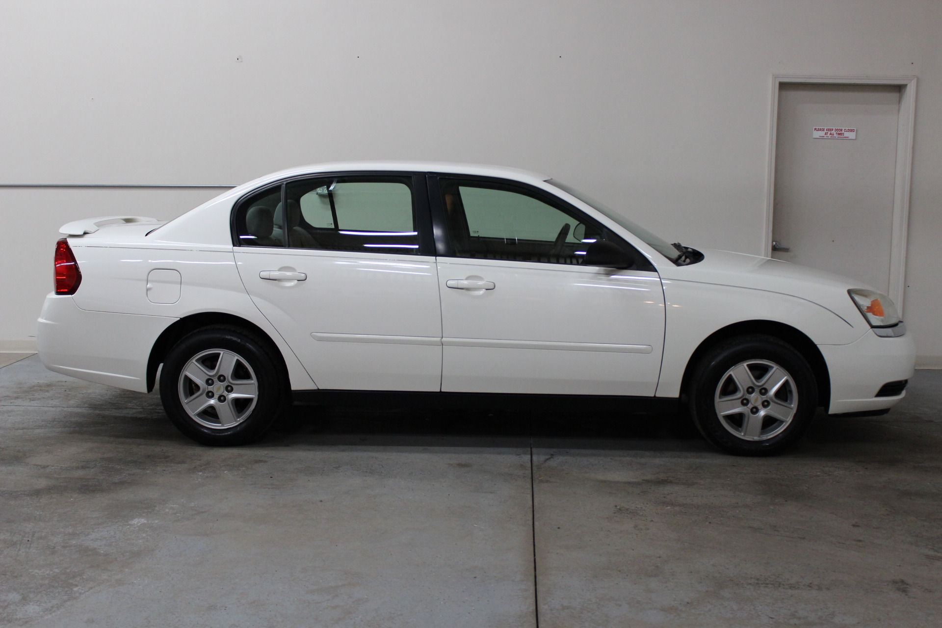 2001 Saturn LSeries Miami FL 8798579 together with 1950 Buick Super additionally 8848EF06FB6B3AF0CA2578CC001C1390 as well List Of Pros And Cons Of Bajaj Dominar 400 besides Eng cockpit. on clock tachometer 4 i