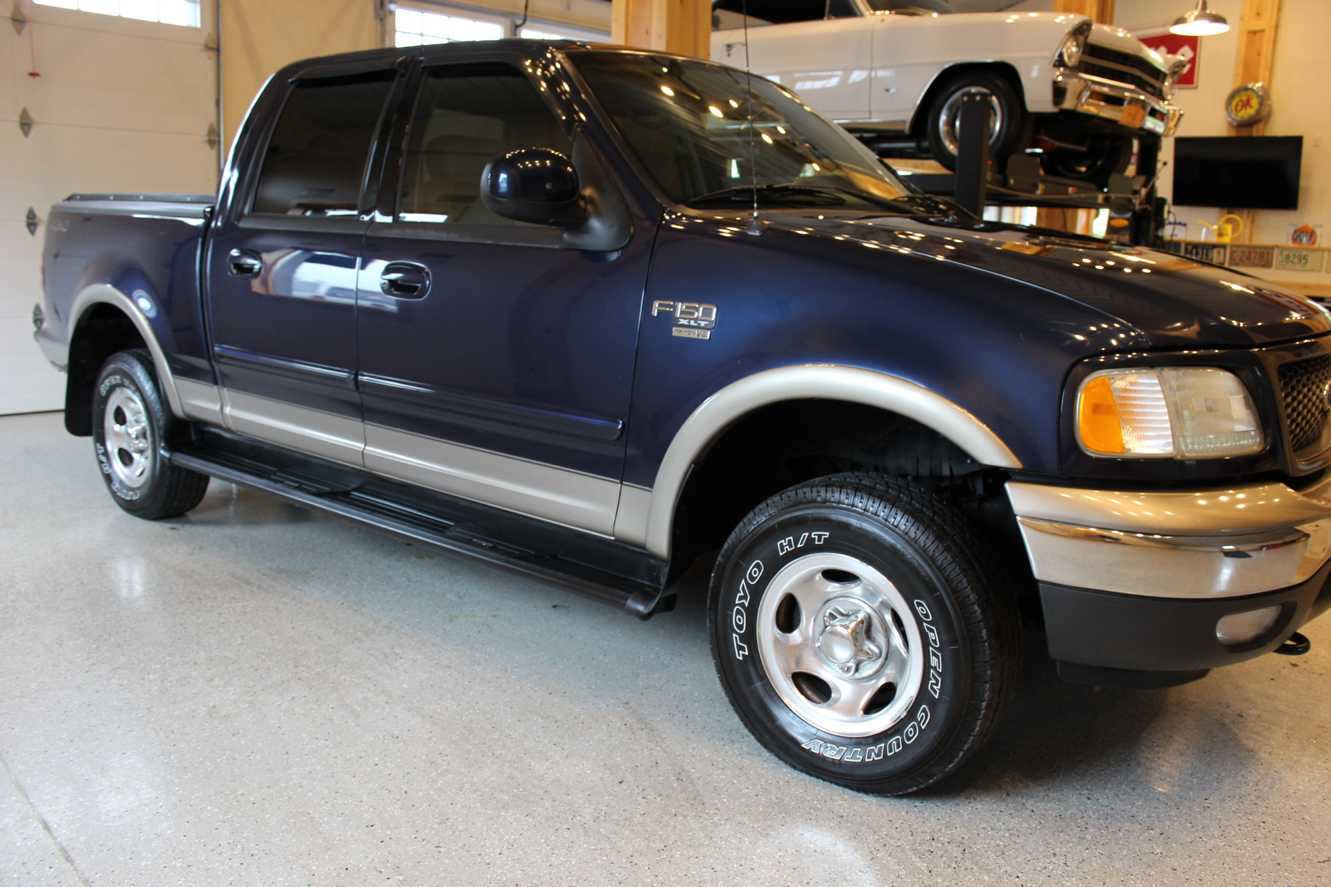 2003 ford f 150 xlt biscayne auto sales pre owned dealership ontario ny. Black Bedroom Furniture Sets. Home Design Ideas