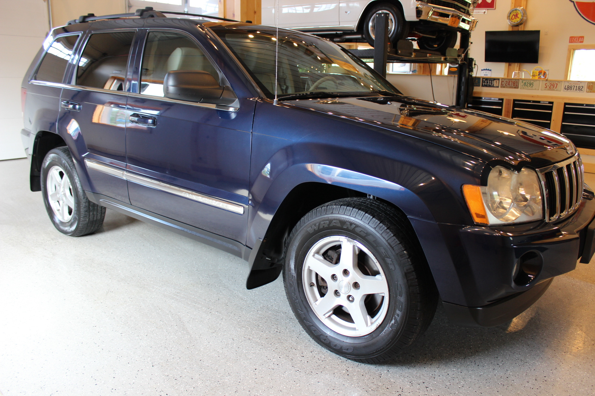 2005 Jeep Grand Cherokee Limited Biscayne Auto Sales