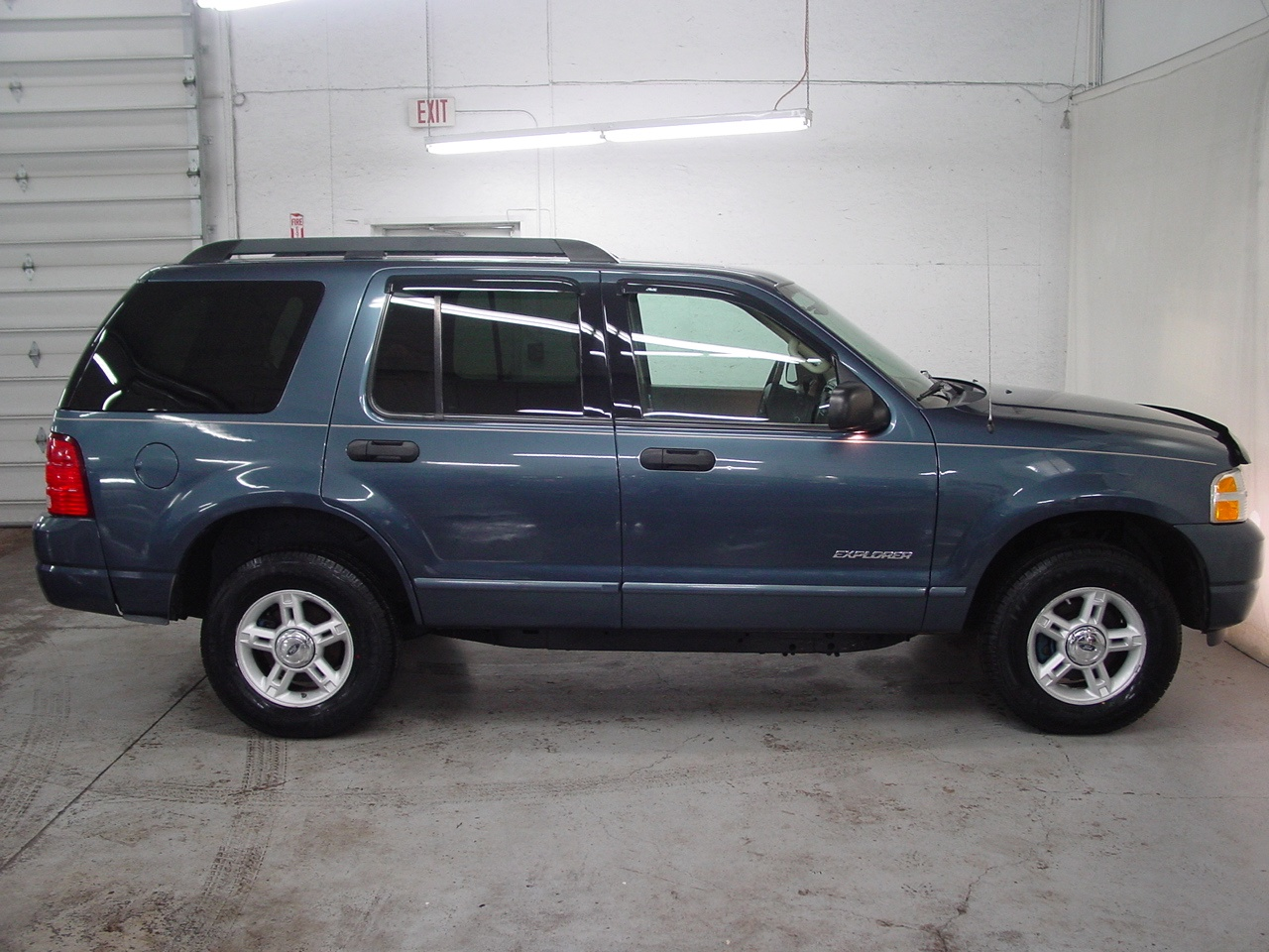Ford Explorer On Rims >> 2005 Ford Explorer XLT - Biscayne Auto Sales | Pre-owned Dealership | Ontario, NY