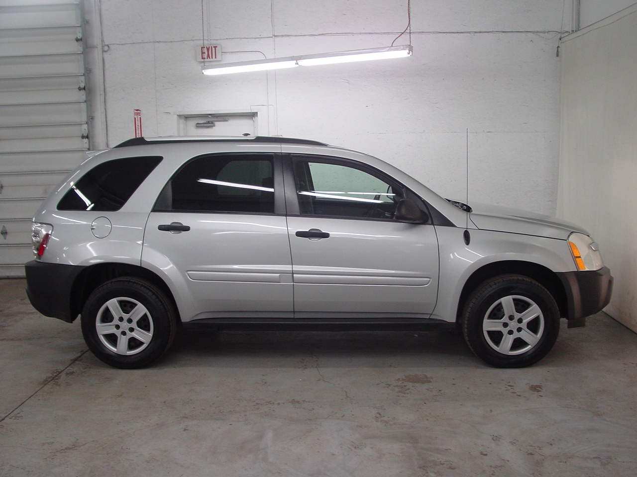 2005 chevrolet equinox ls biscayne auto sales pre. Black Bedroom Furniture Sets. Home Design Ideas