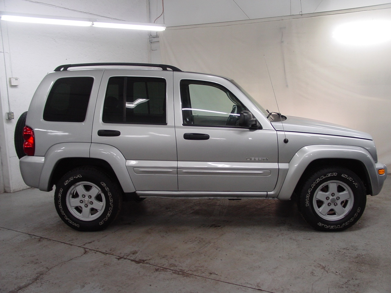 Liberty Auto Sales >> 2004 Jeep Liberty Limited - Biscayne Auto Sales | Pre-owned Dealership | Ontario, NY
